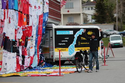 Ingar @teamkraft glad mann på Tromsø_Alfheim av Bjorn@heidenstrom